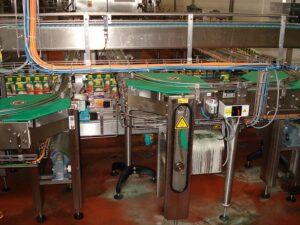 Смазка транспортного участка роликового конвейера с помощью simalube®