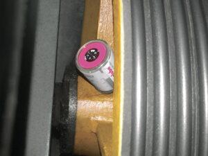 Лубрикатор simalube® используется для смазки подшипника отводного шкива. Лубрикатор монтируется непосредственно к точке смазки шкива.