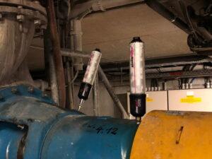 Подшипники насоса смазываются двумя модулями IMPULSE и simalube объемом 250 мл.
