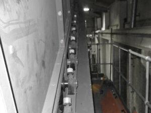 Десятки лубрикаторов simalube® объемом 30 мл. обеспечивают подшипники ленточного конвейера необходимым количеством смазки.